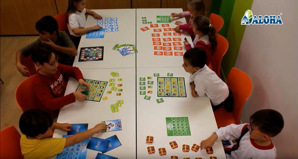 niños en clase aloha